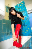 Lilly in transparent Rubber boots